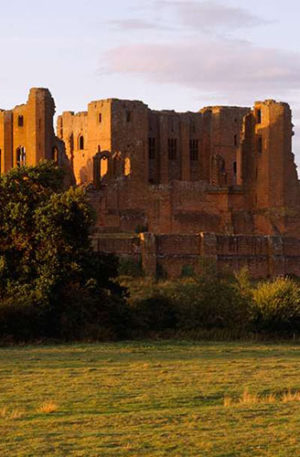 Kenilworth Castle in Warwickshire + Pre-Booking