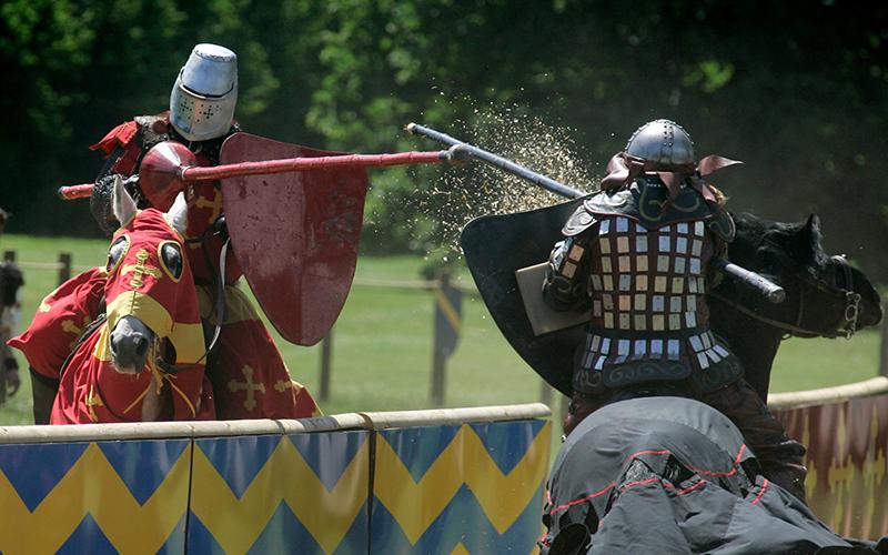 Warwick Castle - Jousting